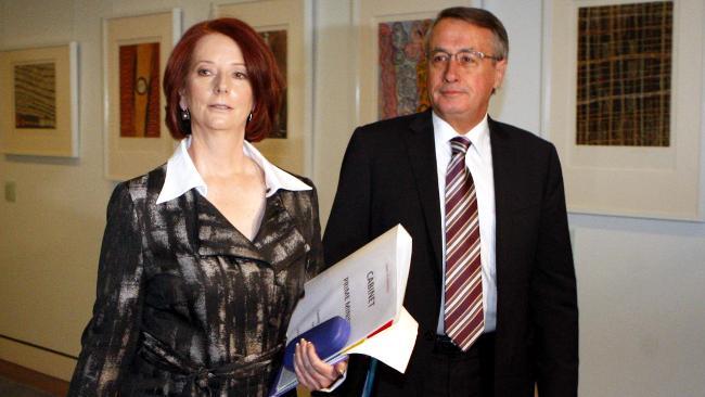 Wallace & Gillard